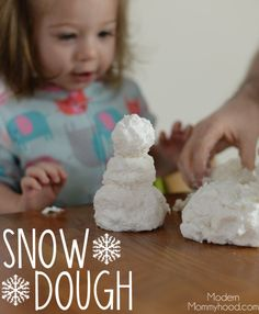 Snow Dough Recipe - great sensory play for toddlers and kids! Made with only 3 ingredients! Snow Dough Recipe - great sensory play for toddlers and kids! Made with only 3 ingredients! Kids Crafts, Toddler Crafts, Projects For Kids, Toddler Christmas Crafts, Diy Projects, Winter Fun, Winter Christmas, Winter Theme, Winter Craft