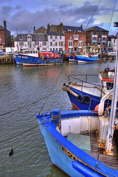 """Weymouth Harbour used to love coming here as a kid. """"Oh I do like to be at the seaside! Weymouth Harbour, Weymouth Dorset, Great Places, Places To See, Seaside Holidays, England Uk, Dorset England, Holiday Places, Fishing Villages"""