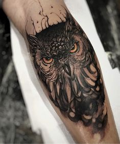 Awesome Owl Tattoo Design For All Time, In respect to placement, owl tattoos are incredibly flexible. If you're selecting an owl tattoo, you're probably going to have to discover the ideal d. Owl Forearm Tattoo, Owl Tattoos On Arm, Mens Owl Tattoo, Tattoos Bein, Tattoo Henna, Maori Tattoos, Forearm Tattoo Design, Leg Tattoos, Tattoo Owl