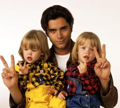 Season Seven Gallery Dylan TuomyWilhoit John Stamos Blake Tuomy Wilhoit Jesse From Full House, Full House Tv Show, John Stamos Full House, Tio Jesse, Full House Funny, Stephanie Tanner, Dj Tanner, House Cast, Paddy Kelly
