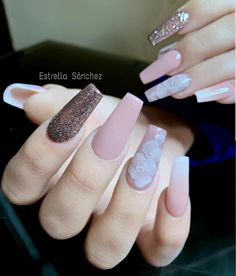 The video consists of 23 Christmas craft ideas. Gorgeous Nails, Love Nails, Pretty Nails, My Nails, Glam Nails, Pink Nails, Beauty Nails, Blush Nails, Best Acrylic Nails