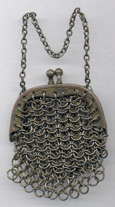 Chainmail purse