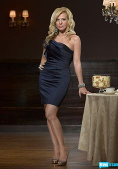 Dina Manzo (The Real Housewives of New Jersey, Season 2)