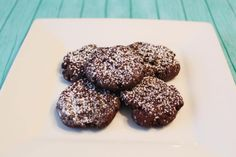 Can you believe these cookies are only 1 Freestyle point each!? How could you say no to these chocolate cookies? These chocolate cookies are made with sugar free, fat free instant pudding powder. They are really easy to make. You simply mix the pudding powder with an egg and a tablespoon of water. The batter is… Continue reading Chocolate Cookies – 1 Freestyle Point Each