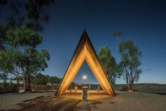 plano humano arquitectos sites discreet, tent-shaped chapel in portugal Sacred Architecture, Modern Architecture Design, Art Nouveau Architecture, Church Architecture, Religious Architecture, Interior Architecture, Portugal, Cabana, Tiny House