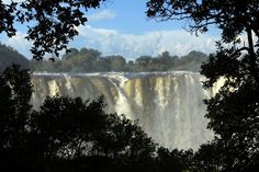 White water rafting on the Zambezi River in Zimbabwe near Victoria Falls. Wildlife Safari, Travel Activities, Nature Reserve, Countries Of The World, Rafting, Where To Go, Adventure Travel, South Africa, Places To Go