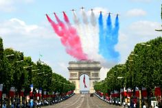 "English-speaking countries/lands call the French National Day ""Bastille Day"", which is celebrated on July 14 of each year. In France, it is formally called la Fête nationale (The Nation… Paris 14, Paris Love, France 2, Paris France, Bastille Day Parade, Grand Paris, Relax, Travel Advisory, Paris Hotels"