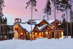Lake Tahoe Luxury Cabin Home in Exclusive Timber Trail Neighborhood – Resort Amenities – Sleeps 22. Slopeside Manor on Peak 8 is the definition of mountain luxury and a destination all its own. #homeaway