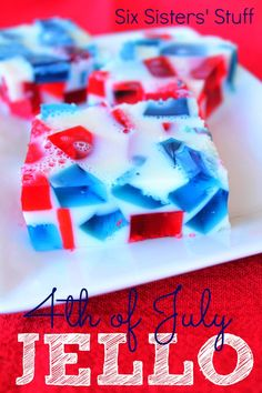 4th of July Jello from SixSistersStuff.com.  The perfect patriotic treat to keep you cool this summer! #recipes #jello #4thofjuly