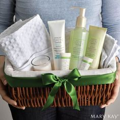 The Satin Hands Set makes the perfect gift for your Administrative Assistant this year. PS it's tomorrow!!!