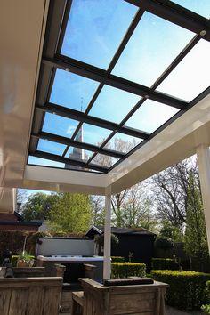 Modern Pergola, Pergola Patio, Backyard, Outdoor Rooms, Outdoor Living, Outdoor Decor, Front Porch Deck, Rooftop Terrace Design, Decks And Porches