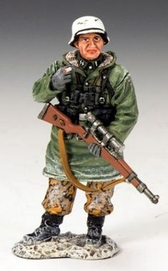 World War II German Winter BBG051 The German Sniper - Made by King and Country Military Miniatures and Models. Factory made, hand assembled, painted and boxed in a padded decorative box. Excellent gift for the enthusiast