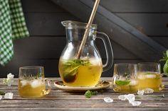 Kräuter-Limonade Non Alcoholic, White Wine, Tableware, Food, Paper, Apple Juice, Food For Kids, Homemade, Dinnerware