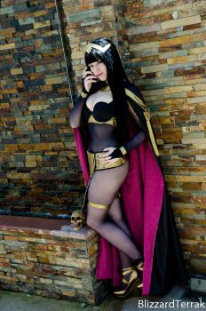 Creepin... BlizzardTerrak took this picture of my updated Tharja at Fanime! New bodysuit, added the rings to the fingers and shortened the collar a bit. Loveeeeeeeeeeee :33