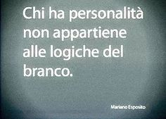 Può magari desiderarlo ma non farlo (Gian Italian Phrases, Italian Quotes, Love Life Quotes, Best Quotes, Feelings Words, Special Words, Note To Self, True Words, Words Quotes