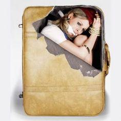 Comment se faire contrôler à la douane?  Autocollants marrants pour valise sur http://commentseruiner/divers/ autocollant-sticker-pour-valise. Et chaque jour des nouveaux objets insolites avec Commentseruiner.com