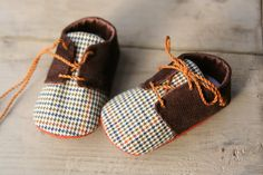 Brown baby boy shoes, corduroy oxfords sneakers crib booties, plaid little man shoes, infant slippers, light brown plaid fabric shoes