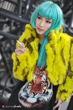 130314-0352 - Japanese street fashion in Harajuku, Tokyo