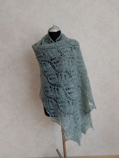 Beautiful hand knitted lace shawl. Luxury yarn-blend brushed alpaca and mulberry silk. Big, soft, fluffy, light, warm, not pricly , suitable also for people with sensitive skin Mulberry Silk, Bridal Outfits, Knitted Shawls, Lace Knitting, Beautiful Hands, Sensitive Skin, Warm, Luxury, Big