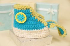 Crochet a Classic Pair of Converse Look A Like Baby Booty High Top Pattern. Create your own using this free pattern.