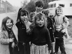 A Group of Gypsy Children - Manchester by Shirley Baker Shirley Baker, Gypsy Trailer, Life In The Uk, Romantic Images, Tribal People, Famous Photographers, My Heritage, Old Photos, Vintage Photos