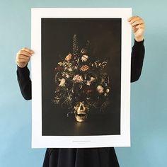 News from hagedornhagen !! Homo Sapiens is a dramatic and picturesque staging of life.  #hagedornhagen #flower #skull #homosapiens #photography #designposter #danishdesign