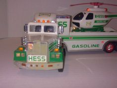 2006 HESS TOY TRUCK AND HELICOPTER ~ DISPLAY UNIT ~TRUCK IN VERY GOOD CONDITION