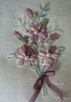 SILK RIBBON EMBROIDERY PROJECT Lazy Daisy Corsage This is a great project for a beginner with 1 very simple stitch to co...