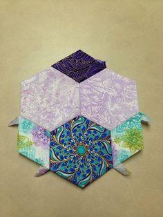 "Katja Marek's The New Hexagon - Millefiore Quilt-Along: Rosette 1: ""block 1 - Marie"" -- completed by Tracy Pierceall, 1/21/2015"
