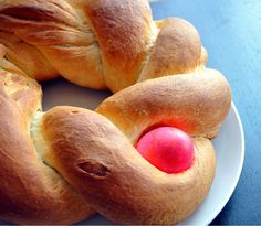 Braided Pascha bread
