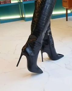 Knee High Heels, Sexy High Heels, High Heel Boots, Heeled Boots, Ankle Boots, Crazy Shoes, Me Too Shoes, Two Piece Cocktail Dresses, Shoes Heels