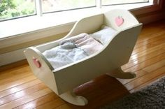Unique Cradles For Your Little With A Nice Rocking Bed