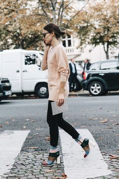 PARIS FASHION WEEK STREET STYLE #6 | Collage Vintage | Bloglovin'