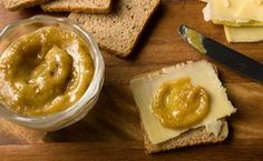 fig mustard-This refined spread's sweet-pungent mix elevates your sandwich from everyday to elegant. Try it with cured meats, ham, roasted or smoked turkey, cheddar cheese. Honey Mustard Glaze, Mustard Recipe, Smoked Ham, Smoked Turkey, Paninis, Ketchup, Almond Sauce Recipe, Fig Recipes, Sauce Recipes