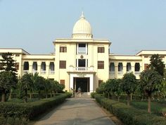 MBA in Finance Program 2015 - University of Calcutta	University of Calcutta (CU), Kolkata for admission to 2 years Master of Business Administration (MBA) program in Finance offered at the Department of Commerce for the session 2015-17. : ~ http://www.managementparadise.com/forums/indian-b-schools-college-zone-campus-talks/247578-mba-finance-program-2015-university-calcutta.html#post503921   #MBAinFinanceProgram2015 #MBAProgram2015