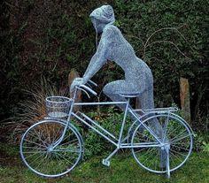 A collection of life-size wire sculptures by British contemporary artist Derek Kinzett. Chicken Wire Sculpture, Bike Poster, Bicycle Art, Unusual Art, Wire Sculptures, Bicycles, British, Lady, Amazing