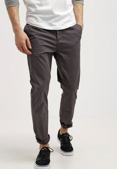 Menswear shop UK online | Cropped relaxed-fit wool trouser chino pants for man | Daily style inspiration | Shopping fashion male look