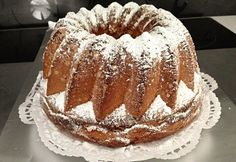 Ring Cake, Scones, Vanilla Cake, Bakery, Food And Drink, Recipes, Pound Cakes, Pastries, Breads