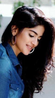Beautiful Girl Photo, Beautiful Girl Indian, Beautiful Little Girls, Beautiful Indian Actress, Stylish Girl Images, Stylish Girl Pic, Beauty Full Girl, Real Beauty, Hd Photos
