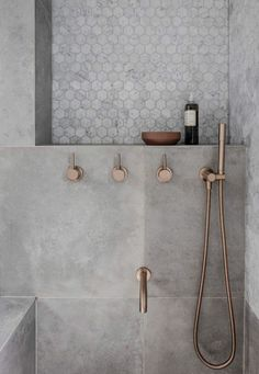 "Rethinking the Shower Niche (& Why I'm Loving the ""New"" Ledge, Instead) 