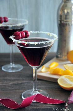 Kick off National Cherry Month right with a Frozen Tart Cherrytini! Nice Valentine's Day drink too.