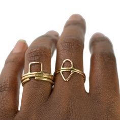 Hey, I found this really awesome Etsy listing at https://www.etsy.com/listing/223447452/geometric-ring-midi-knuckle-ring