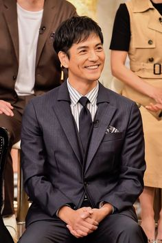 Asian Celebrities, Actors, Suits, Artist, Artists, Wedding Suits, Amen, Costumes, Actor
