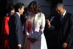 28april2015---president obama and first lady michelle obama welcome japanese pm shinzo abe and his wife akie abe to white house
