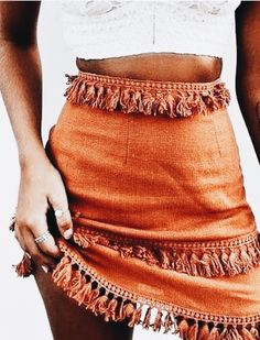 Fashion Outfits Summer 2019 - Mini Fringe Skirt Outfits l Orange Street Style Fashion Outfits - Trend Women Fashion Look Fashion, Fashion Outfits, Womens Fashion, Fashion Trends, Skirt Fashion, Trending Fashion, Fashion Styles, Fashion Clothes, Fringe Fashion