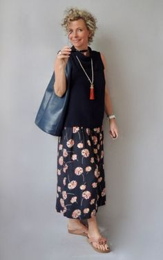 The Best Fashion Ideas For Women Over 60 - Fashion Trends Summer Fashion Outfits, 50 Fashion, Timeless Fashion, Fashion Online, Mode Ab 50, Quoi Porter, Fashion For Women Over 40, Look Chic, Feminine Style