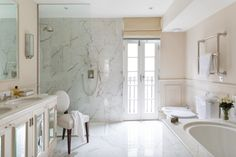Cochrane Design/ French door/open shower