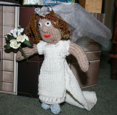 Knitted Bride Kate.