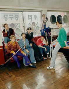 Jungkook Jimin, Bts Bangtan Boy, Bts Taehyung, Yoongi Bts, Foto Bts, Namjoon, Bts Season Greeting, Die Beatles, Bts Group Photos