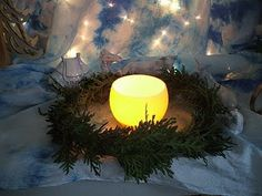 Gentle St Lucia story that I originally read on naturenest. A Christmas Story, Christmas Crafts, Santa Lucia Day, St. Lucia, Advent, Waldorf Crafts, Sainte Lucie, Holidays Around The World, Winter Festival